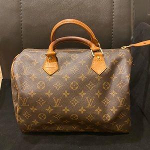Louis Vuitton monograms speedy 30